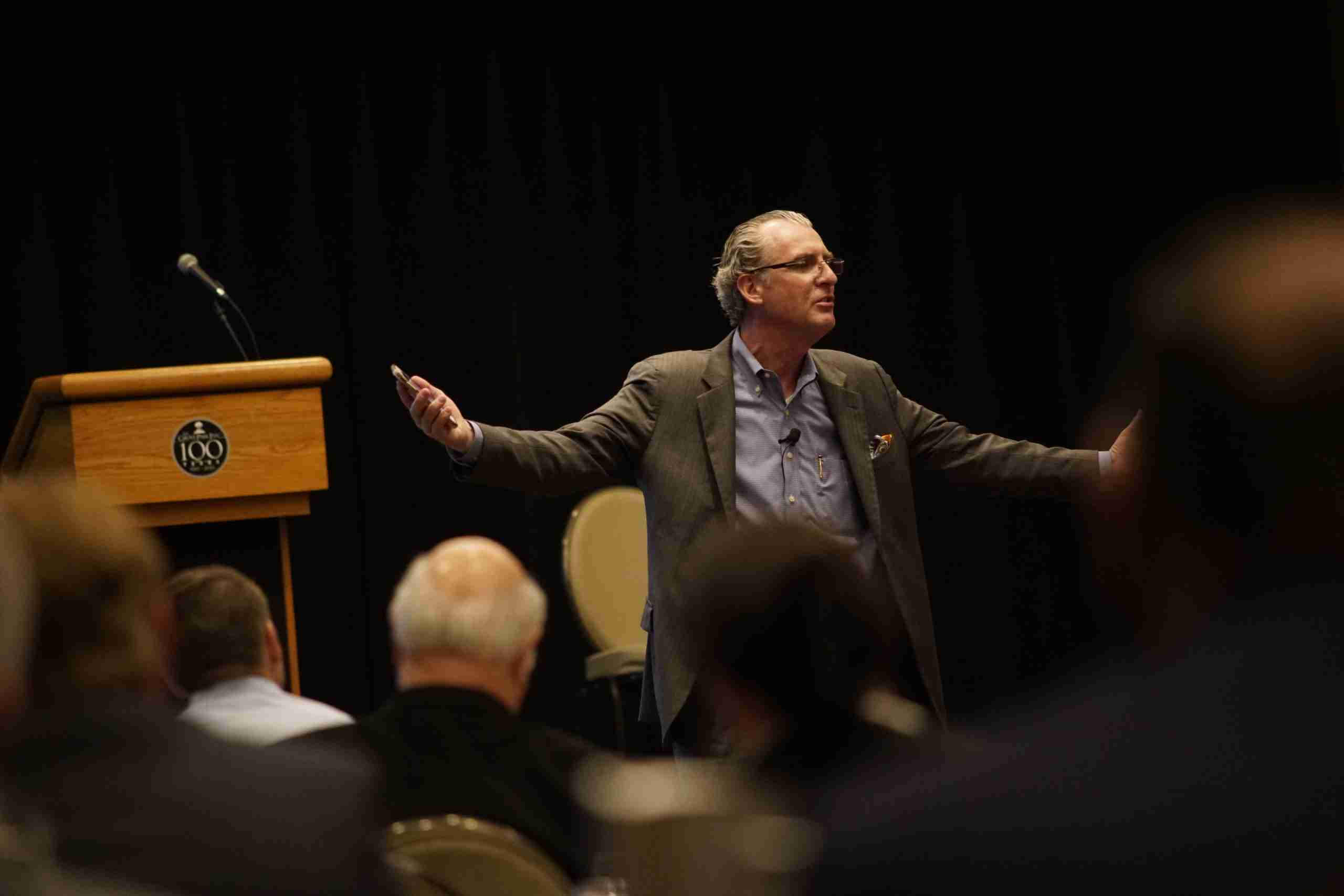 Kevin Knebl Speaking at the 2018 PACE PEO Annual Conference